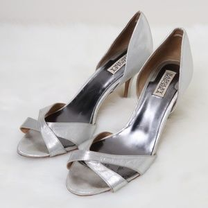 Badgley Mischka Metallic Peep Toe Heels 10